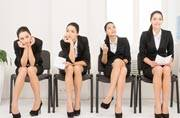 Set right your interview body language and grab your dream job!