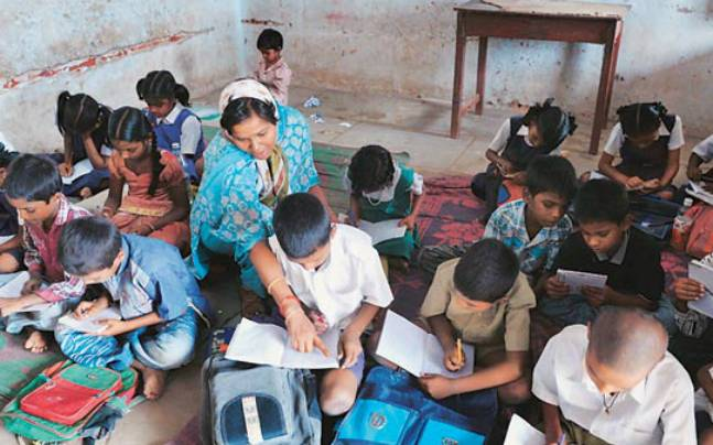 Teachers miss school but draws salary on time in MP