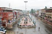 Kashmir violence: Death toll 23, Omar asks Mehbooba to lead from front