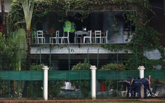 The cafe in Dhaka that came under attack. (Photo: Reuters)