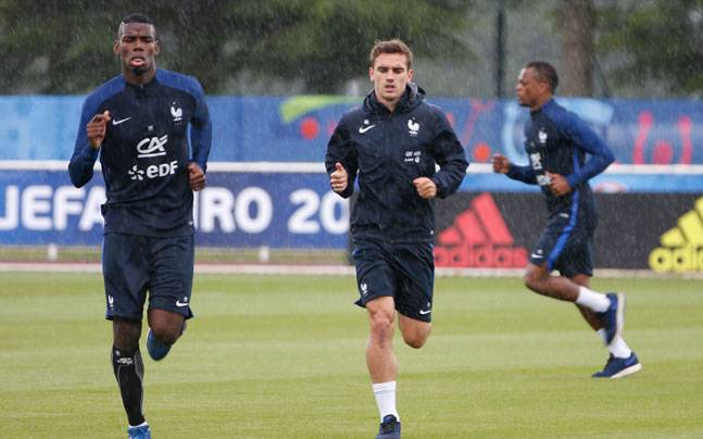 fe1d3a12e Griezmann and Pogba step into massive boots of Platini and Zidane ...