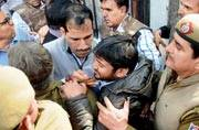 Police blame 3 lawyers for provoking mob attack on Kanhaiya Kumar, journalists named in chargesheet