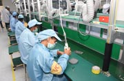 Karbonn opens 3rd manufacturing unit, hopes to become Foxconn-like in four years
