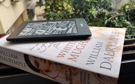Kindle books vs Paperbacks: Sibling rivalry at its best - Technology