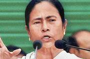 Mamata Banerjee quietly giving shape to federal front?