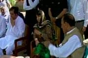 Mehbooba Mufti visits Kupwara victims' families, seeks public help to end violence