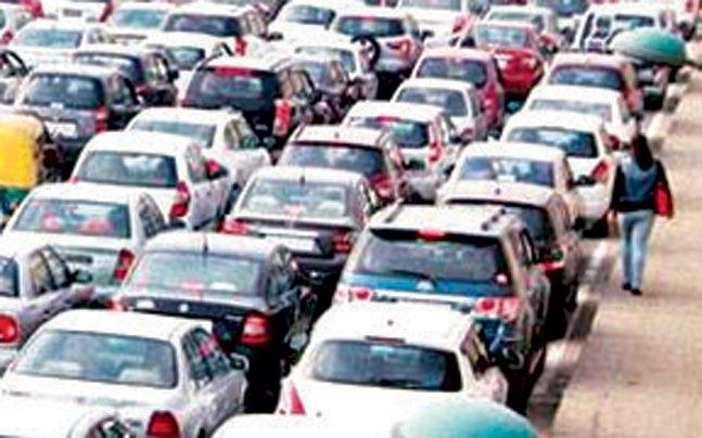 NGT directed the Delhi government to cancel registration of diesel vehicles that are 10 years or older.