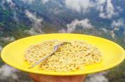 This man's love affair with his travelling yellow plate will make you drool