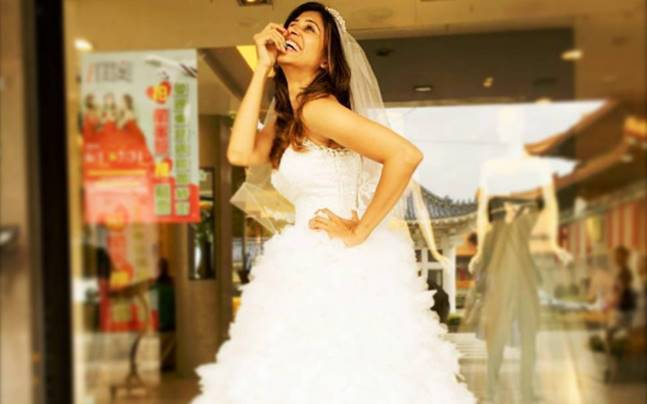 Kishwer Merchantt shops for her wedding gown. Picture courtesy: Instagram/Kishwer Merchantt