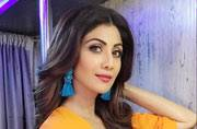 The one super boring thing we can't help but notice about Shilpa Shetty's Super Dancer looks