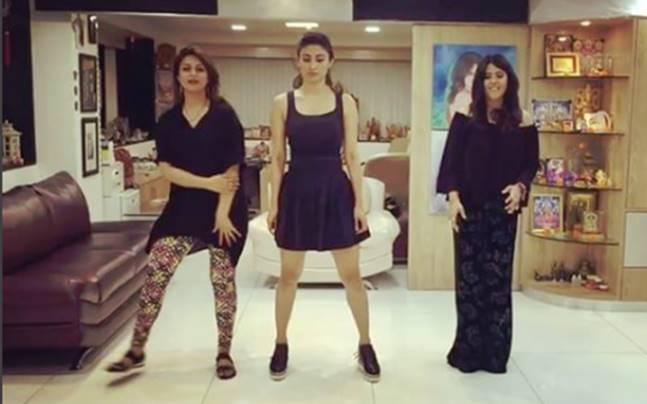Ekta, Mouni and Divyanka shake a leg on Beat Pe Booty.