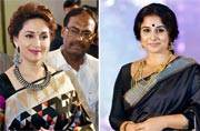 Can you pick a favourite between Madhuri Dixit Nene and Vidya Balan's black sarees?
