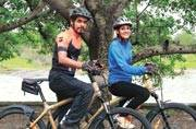 This duo is cycling from Kanyakumari to Khardung La for girl child education