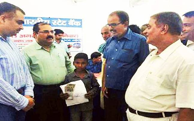 8-Year-Old-Boy Loan Bihar
