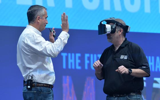 Intel unveils Project Alloy, shows wireless VR headset