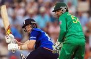 Joe Root shines as England beat Pakistan in second one-dayer