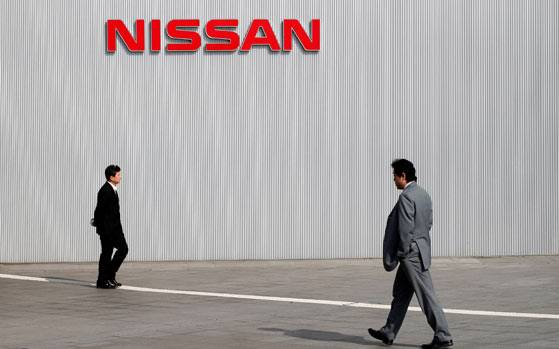 Nissan in talks with Panasonic to sell battery operations