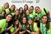 Samsung gifts limited edition smartphones to 12,500 Olympians