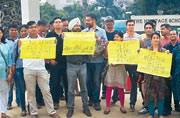 Parents protest fee hike by Gurugram school
