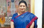 Smriti Irani is the reason women are flaunting their handloom sarees on Twitter
