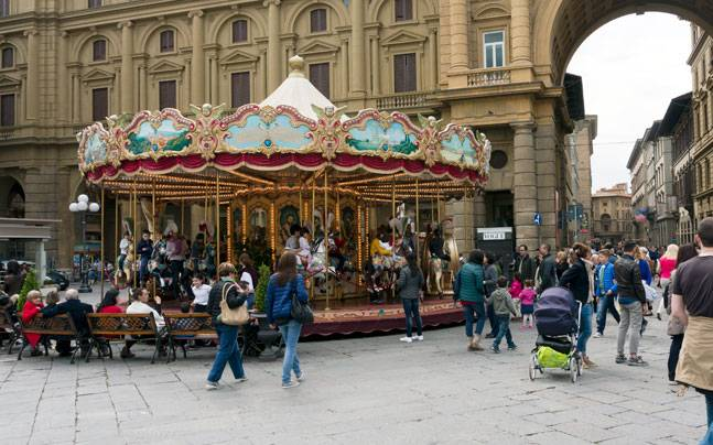 A typical day at Florence's Market Square area. Picture courtesy: Flickr/Kate. Get the picture./Creative Commons
