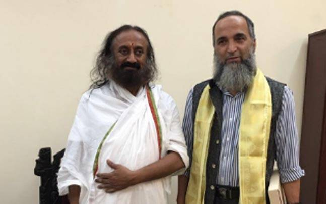 Sri Sri Ravi Shankar and Muzaffar Wani