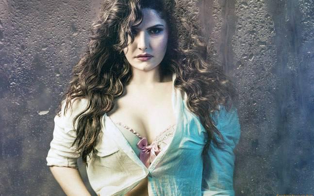 Zareen Khan in Hate Story 3