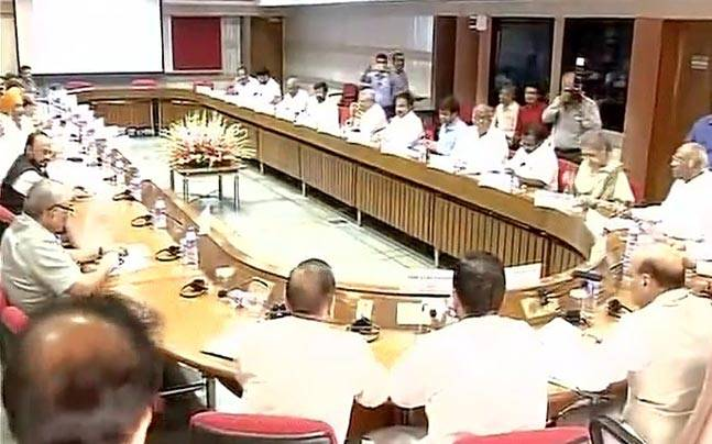 Meeting of all-party delegation on Kashmir issue in Delhi