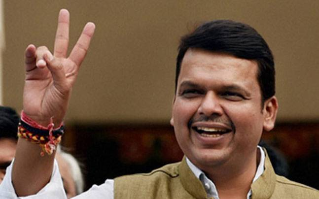 Maharashtra govt announces 5 lakh jobs for youngsters