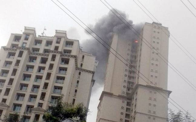 Fire broke out in Hiranandani Towers
