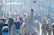 Fresh clashes erupt in Kashmir's Pulwama district, 50 protesters, 12 cops injured