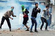 2 killed in fresh clashes in Kashmir, India says cannot compare J-K with PoK