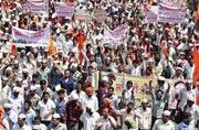 Lakhs of Marathas march in 'silent rally' demanding reservations