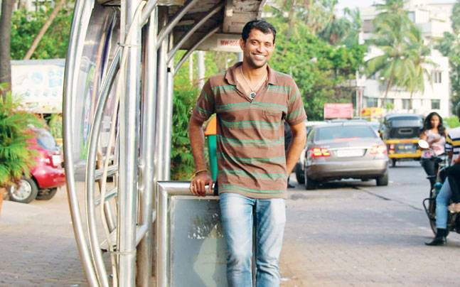 Amin Sheikh, opened a cafe called Bombay to Barcelona for the poor in Mumbai