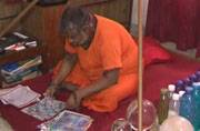 Affected with 90 per cent Schizophrenia, man turns world's fastest painter