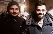 SEE PIC: When Anushka Sharma turned photographer for Virat Kohli and fan