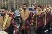 An Indian wedding baraat in London went past Westminister Abbey, Big Ben playing Aaj Mere Yaar Ki Shaadi, Dulhe Ka Sehra