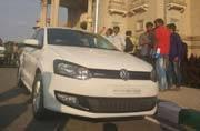 Bengaluru cops seize Rs 2.5 crore from private car on Karnataka secretariat premises