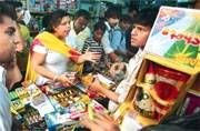Govt readies to defuse Chinese firecrackers ahead of Diwali celebrations