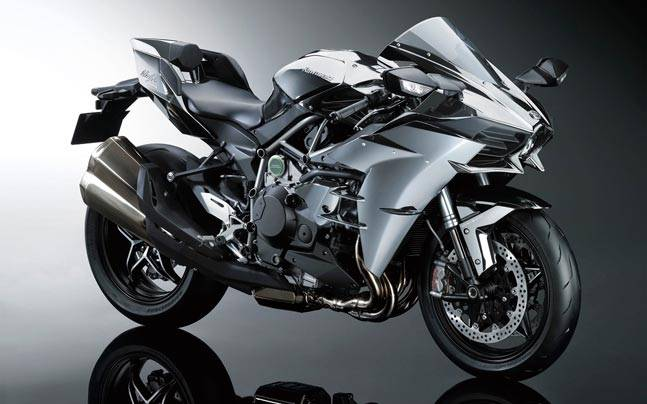 Kawasaki Ninja H2 H2r Range Launched In India Starting At Rs 3330