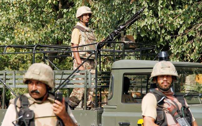 Pak troops open fire at Indian post