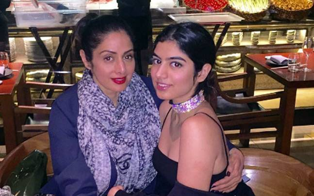 Sridevi's picture with Khushi Kapoor is just so cute