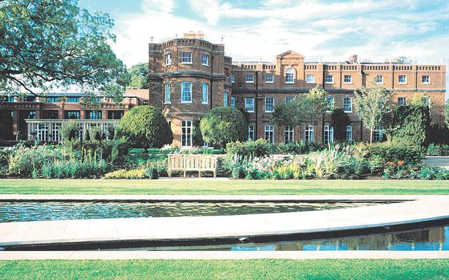 The Grove is a five star hotel that is a stone's throw away from the Harry Potter studio tour. Photo: Mail Today