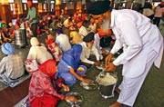 6 religious places in India with community kitchens that serve food to thousands every day