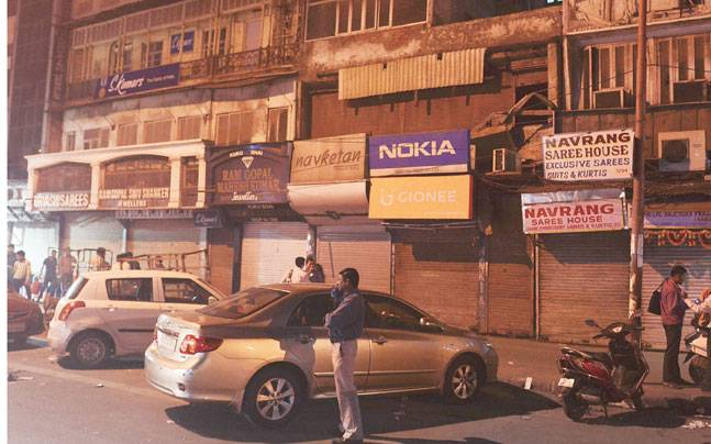 Income tax dept conducts raids across India, shops shut