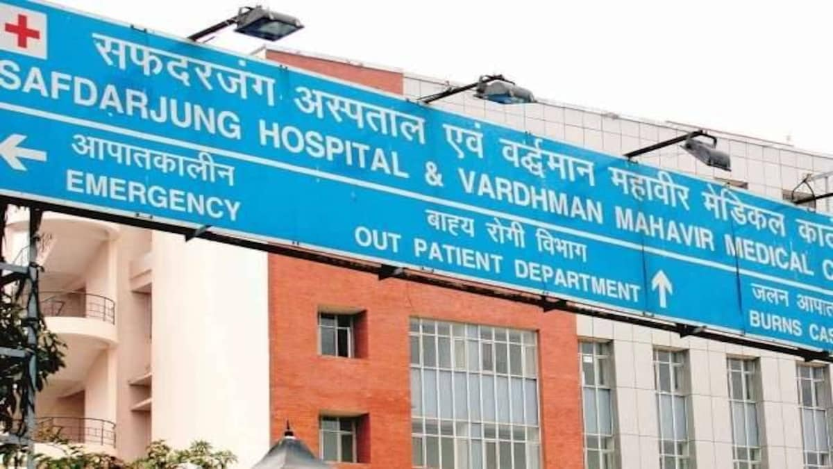 Female doctor at Safdarjung Hospital attacked, staff goes on