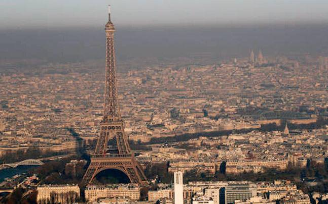 Eiffel Tower To Go Dark In Solidarity With People Of Strife Torn