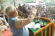 Lalu sits on dharna to protest against demonetisation, Nitish and Congress distance themselves