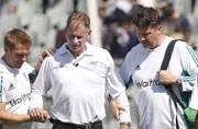 Mumbai Test: Umpire Paul Reiffel walks off after suffering head injury