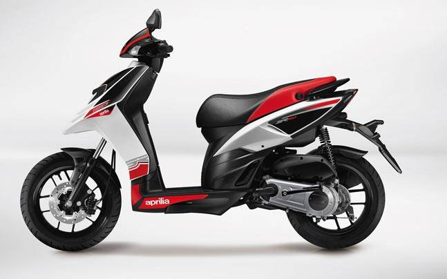 aprilia sr 150 launched in nepal at npr 2 39 lakh auto news